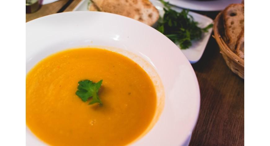 Zeleninová Smoothie polievka